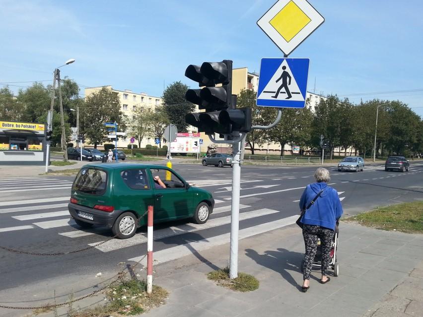 Będą spore utrudnienia na skrzyżowaniu Gałczyńskiego i Parzęczewskiej w Zgierzu. Zaczyna się remont.