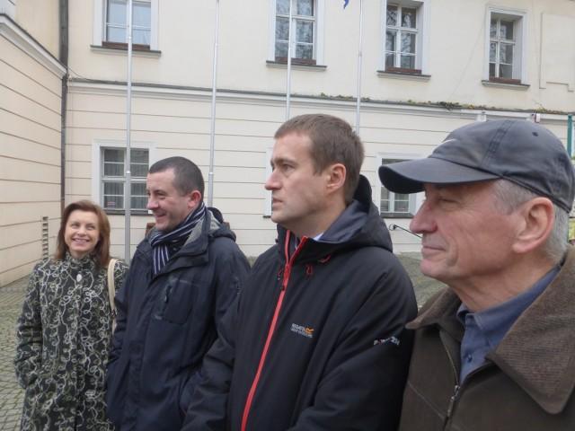 - Ten budżet jest bardziej prezydencki niż obywatelski - zauważa radny Tomasz Nesterowicz (w środku)