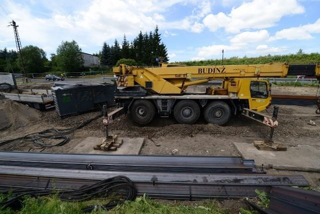 Łęczyca: Wstrzymano hałaśliwą budowę wiaduktu kolejowego