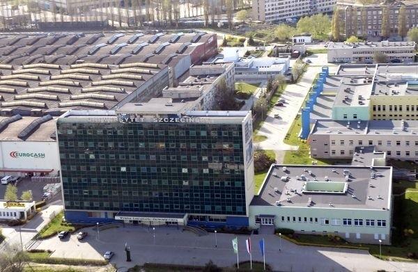 Za drugi kierunek studiów na Uniwersytecie Szczecińskim nie zapłacą zarówno  kandydaci na pierwszy rok studiów w roku akademickim 2014/15, którzy wezmą udział w nadchodzącej rekrutacji, jak i studenci, którzy rozpoczęli naukę na drugim lub kolejnym kierunków studiów na mocy decyzji wydanej po 1 października 2012 roku.
