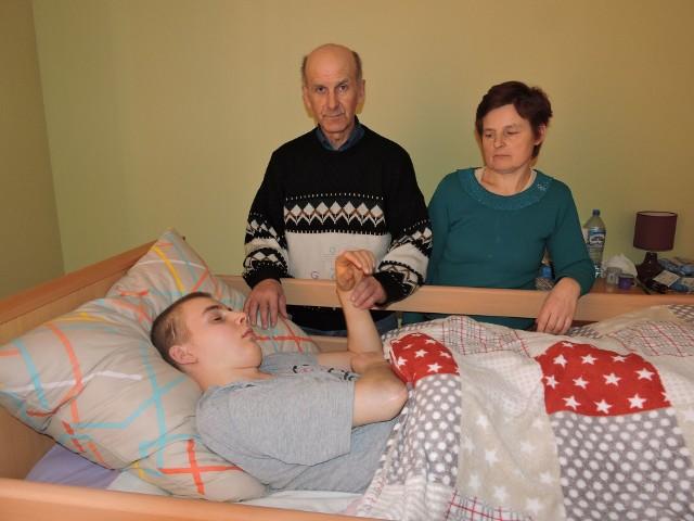Karol Olszewski i rodzice