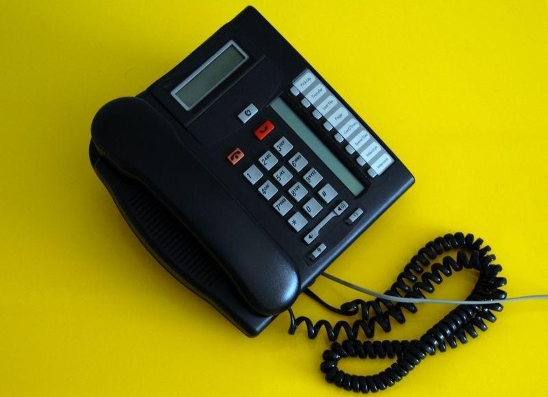 podłącz telefon stacjonarny do telefonu komórkowego