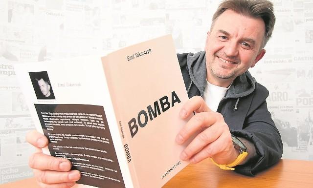 """Emil Tokarczyk właśnie nagrywa audiobooka. Wkrótce każdy będzie mógł posłuchać """"Bomby""""!"""