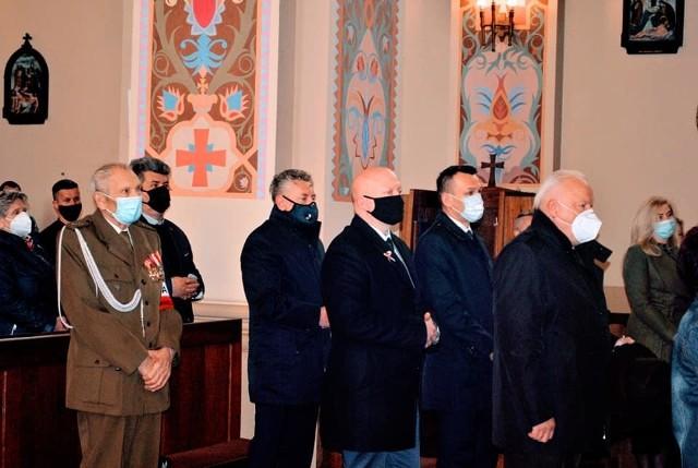 Przedstawiciele władz samorządowych uczestniczyli w mszy w rocznicę uchwalenia Konstytucji 3 Maja odprawionej w białobrzeskim kościele parafialnym.