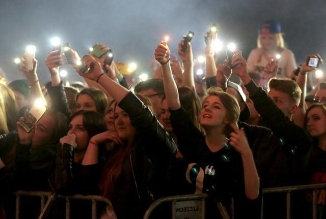 Piątkowy koncert juwenaliowy w Szczecinie.