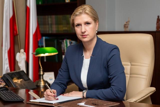 Dr Aleksandra Hadzik - od  29 października 2018 roku prezes Kasy Rolniczego Ubezpieczenia Społecznego, wcześniej była wiceprezesem Kasy