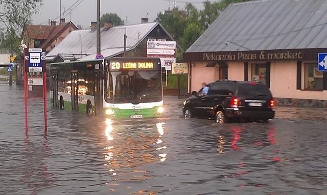 Tak wyglądała ulica Jurowiecka po środowej burzy
