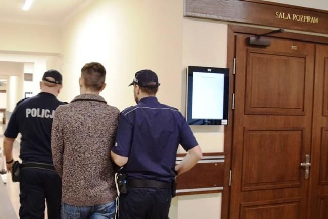 9 miesięcy więzienia za atak na sędzię w Rybniku