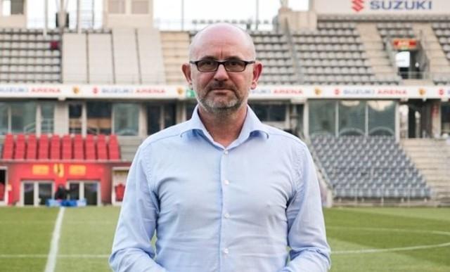 Dominik Nowak został przedstawiony jako trener Korony Kielce.