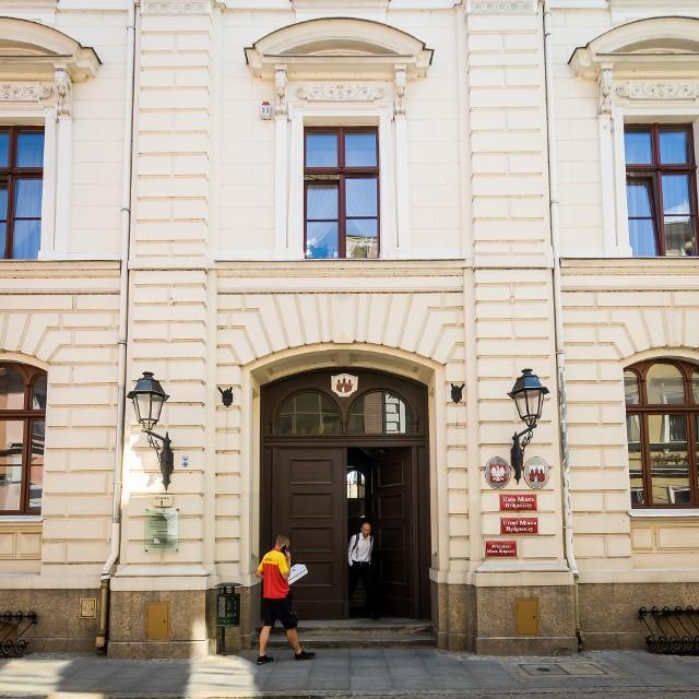 Ponad 6 mln zł nagród i premii dostali w ub. roku urzędnicy i pracownicy bydgoskiego ratusza.