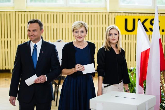 Andrzej Duda głosował z rodziną w Krakowie.