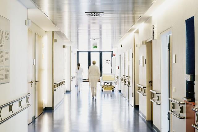 Próba zorganizowania zbiórki na rzecz uzupełnienia braków w wyposażeniu szpitala tymczasowego w Lublinie zakończyła się fiaskiem.