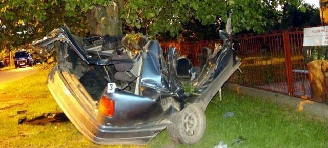 19-letni kierowca zginął na miejscu