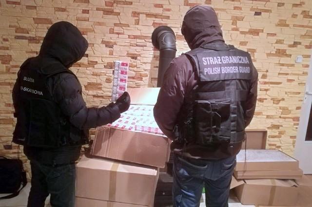 Podlascy funkcjonariusze natrafili na papierosy bez polskich znaków akcyzy
