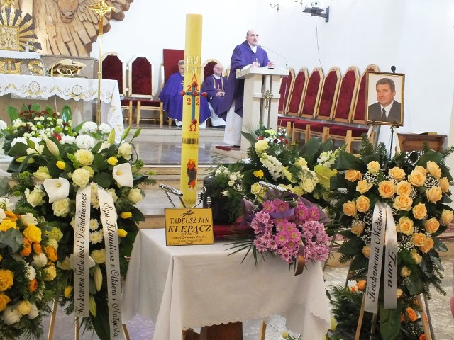 Pogrzeb Tadeusza Klepacza odbył w piątek 28 maja w kościele w Lubieni, w gminie Brody