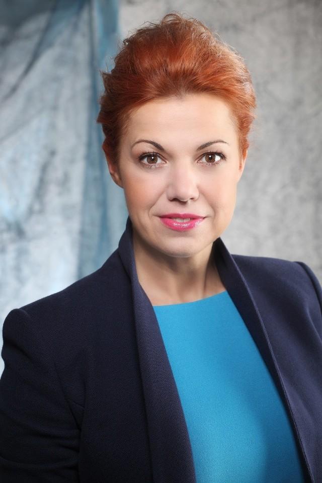 """Inga Kamińska, prezes nowej firmy - Polskie Fabryki Por-celany """"Ćmielów"""" i """"Chodzież"""" S.A."""