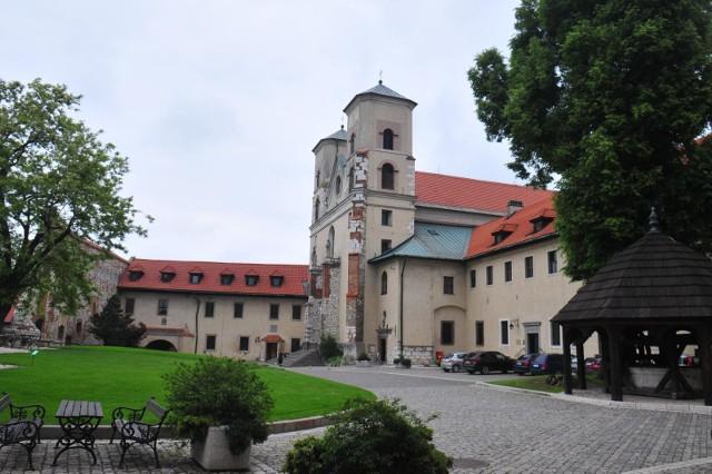 W sierpniowe niedziele w Tyńcu zabrzmią utwory muzyki klasycznej w wykonaniu polskich wirtuozów organów.