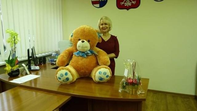 Misiek Zdzisiek  to prezent od Katarzyny Kądziołki burmistrza Zawichostu na licytację podczas 28 finału Wielkiej Orkiestry Świątecznej Pomocy