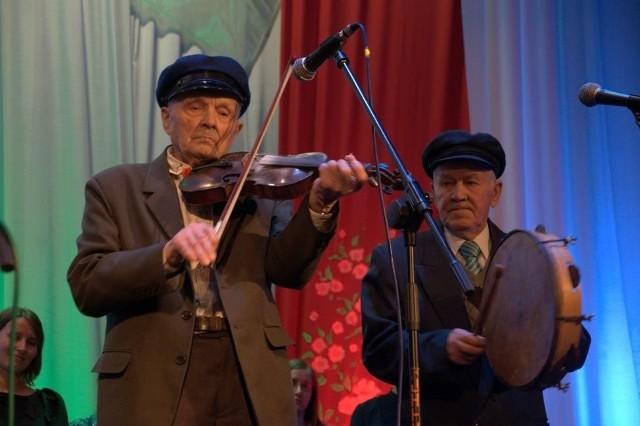 Zmarł Tadeusz Jedynak, wybitny skrzypek ludowy regionu radomskiego.