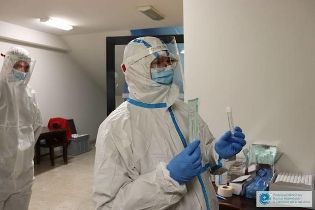 Wymazy na koronawirusa w Gorzowie można zrobić w czterech punktach.