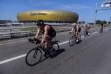 Gdańska wersja triathlonu. Tym razem uczestnicy zawodów tylko biegali i jeździli na rowerze [wideo, zdjęcia]