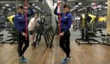 Poranna gimnastyka: Jak zachować prawidłową postawę i wykonać ruch hip hinge. Ćwicz razem z nami! [wideo]