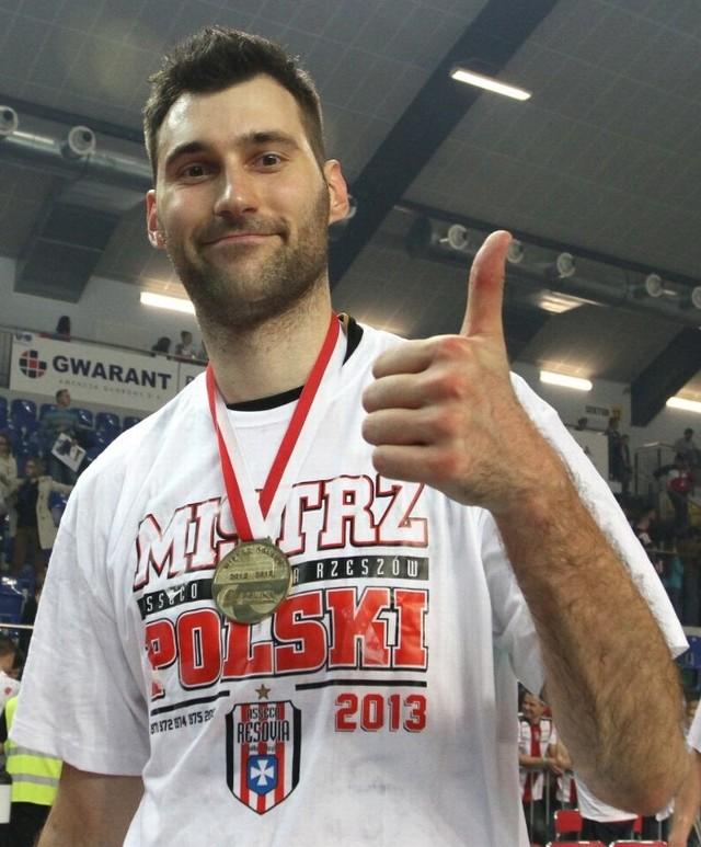 Grzegorz Kosok także w kolejnym sezonie zagra w Resovii.