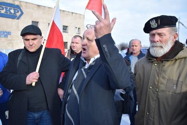 Piotr Rybak zorganizował niedzielny marsz narodowców w Oświęcimiu