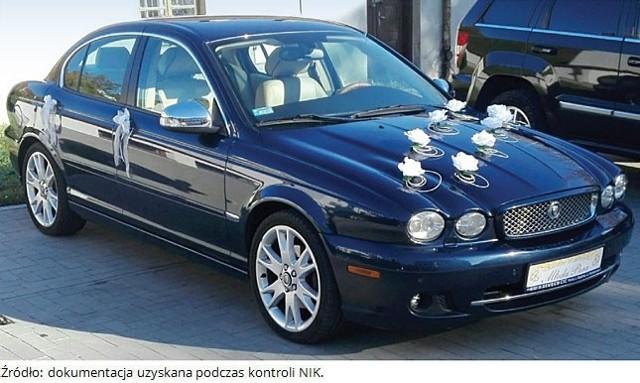 Samochód Jaguar (za 21 tys. zł) zakupiony przez uczestnika jednego z projektów. Zdaniem NIK, działalność gospodarcza uczestnika projektu, który zakupił ten samochód, mogła mieć charakter pozorny, ponieważ nie osiągnął on żadnych przychodów