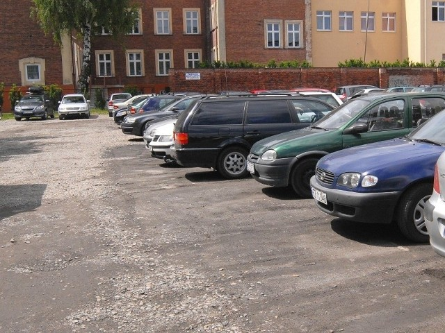 W przyszłym roku parking przy ul. Szopena zostanie nadbudowany o dodatkowe piętra.