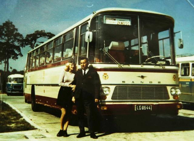 W autobusach PKS można było też spotkać stewardesy