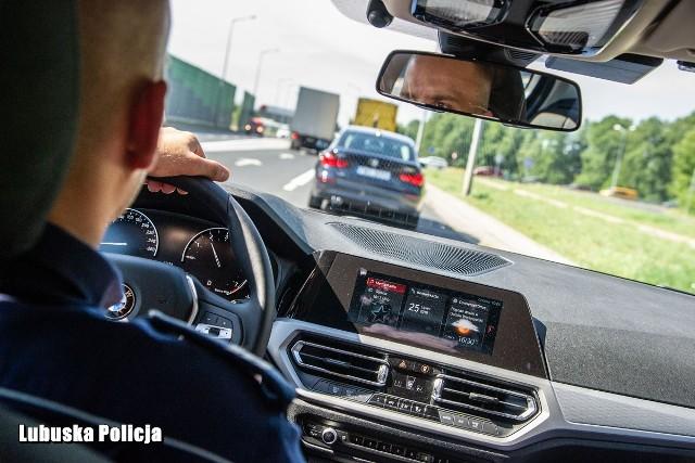 Tylko w czerwcu lubuscy policjanci w grupy speed zatrzymali prawa jazdy 76 kierowcom.