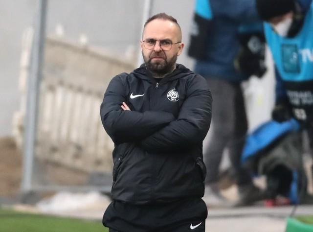 Trener Warty Poznań Piotr Tworek zabrał na zgrupowanie do  Grodziska 23 piłkarzy