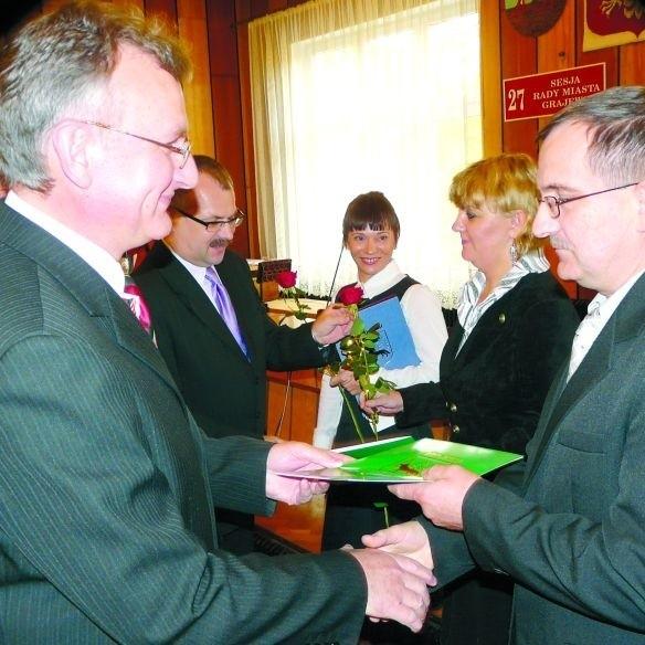 Podczas uroczystości, jednymi z nagrodzonych byli pracownicy Publicznego Gimnazjum nr 2 im. Sybiraków