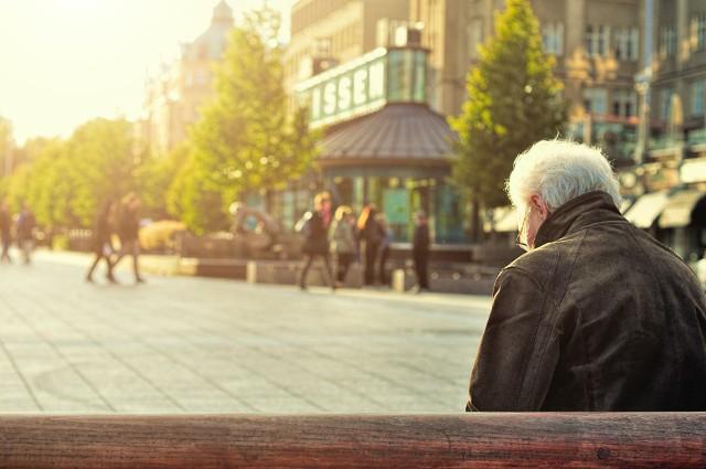 Dodatek do emerytury. Niektórzy emeryci mają zyskać dodatkowo 200 złotych do emerytury.