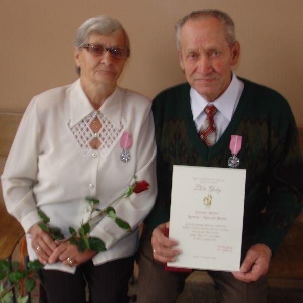 Leonarda i Romuald Taudulowie razem przeżyli 51 lat.: Najważniejsze jest zdrowie, miłość, zgoda i wzajemne zrozumienie.