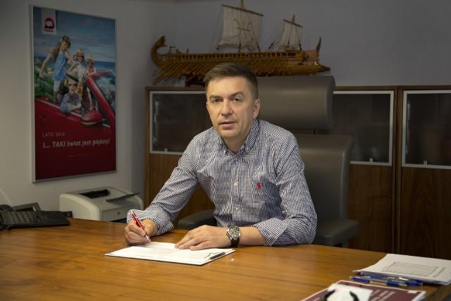 Piotr Henicz nie jest niewolnikiem pracy w biurze i w wolnych chwilach stara się rozwijać sportowe pasje
