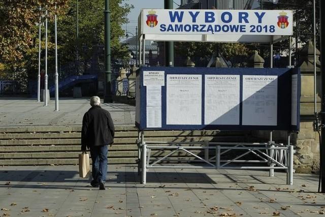 Plakaty Zaśmiecają Kraków Dziennik Polski