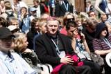 Biskup zakażony koronawirusem udzielał sakramentu bierzmowania