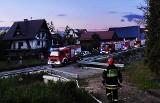 Kto podpalił drewniany dom w Dobrej? Strażacy uratowali budynek!