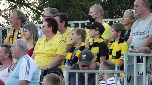 Kibice na meczu Wieczysta - Hutnik II Kraków 12.08.2020