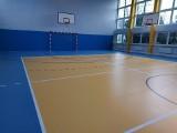 Sala gimnastyczna w Zespole Szkół Ponadpodstawowych w Brzezinach jak nowa
