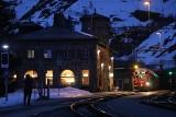 Bajkowa Alp Grüm. Na uroczej szwajcarskiej stacji można przystanąć na chwilę albo zostać na dłużej