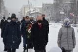 95. urodziny Gdyni. Miasto świętuje, oficjalne uroczystości, podświetlony Urząd Miasta i urodzinowa sesja Rady Miasta
