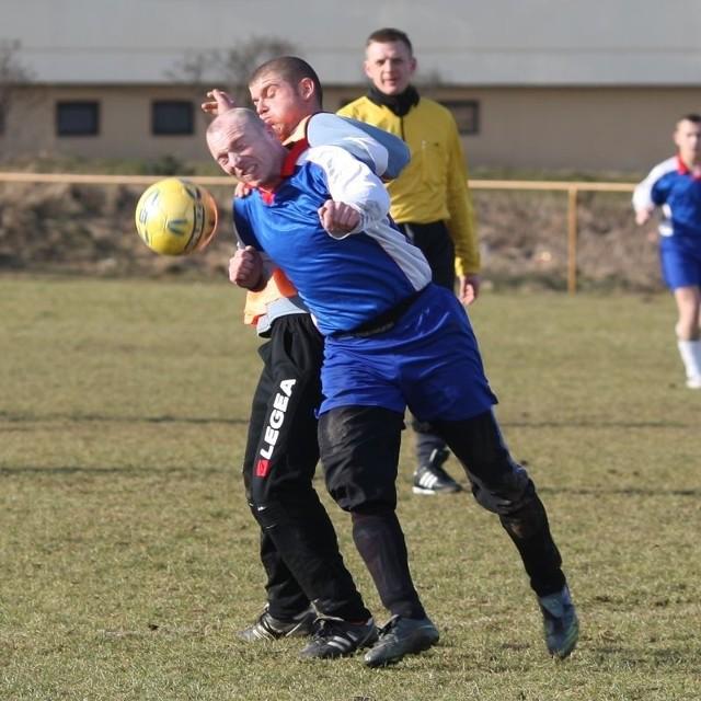 Piłkarze Granitu napędzili stracha liderowi rozgrywek.