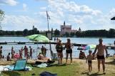Tłumy nad Wigrami. Najpiękniejsze w regionie jezioro jest oblegane przez mieszkańców i turystów [zdjęcia]
