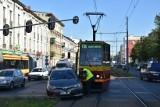 Wypadek na Zachodniej przy Próchnika - samochód osobowy zderzył się z tramwajem - korki!