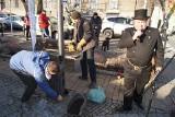 Tarnów: straż miejska uczy palić w piecach