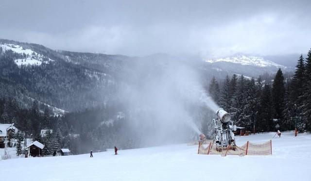 W Beskidach mroźno, początek nowego roku łaskawy dla narciarzy