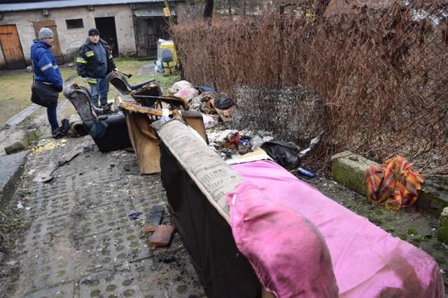 Śmiertelne ofiary pożaru w Łomży przy ulicy Dwornej 71